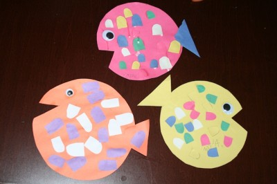 This Weeks Construction Paper Fish Craft Tutorial Is Super Easy